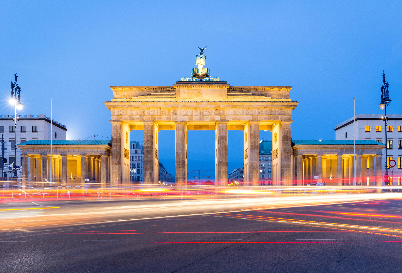 Brandenburger tor symbolbild phd deutschland.3262ade466dfbeaead00e657b8ba4fe21
