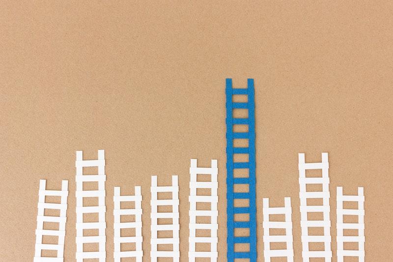 Leiter papier symbolbild forschungsfoerderung.8b1883f4a35d543f4bcda741d39f38f58